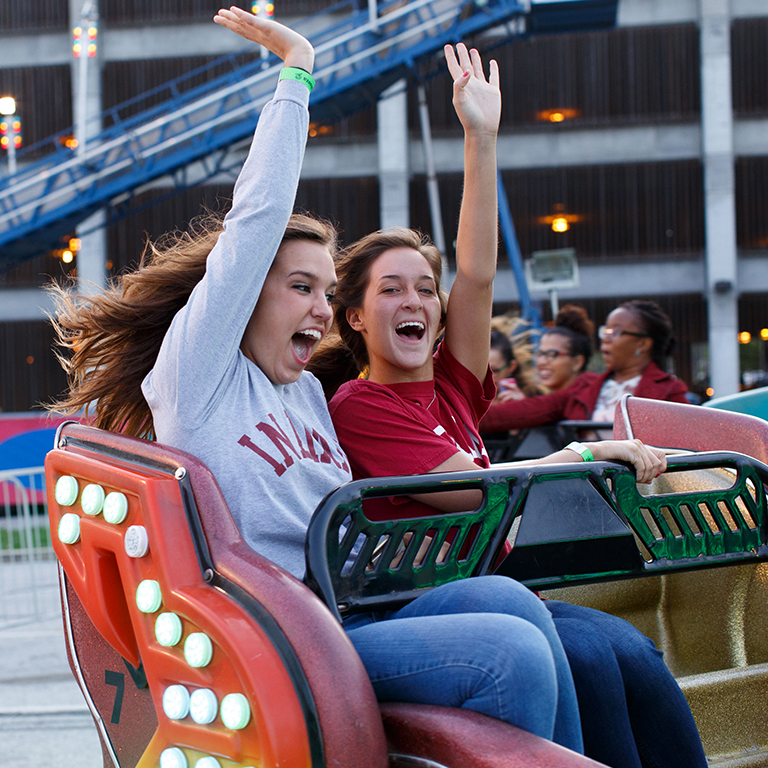 Students on a spinning ride at Jagapalooza.